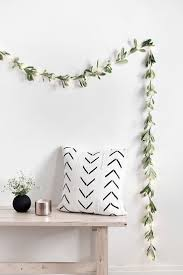 White Twinkle Lights Bedroom 20 Diy Decor Ideas For The Minimalist Virgo Home Light Garland
