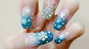 elegant christmas nail designs you should wear this season