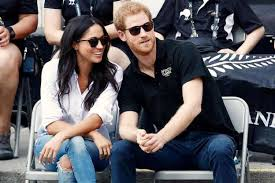 What Is A Bench Shirt Meghan Markle And Prince Harry Announce Their Engagement