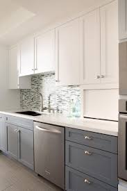 Two Color Kitchen Cabinet Ideas by Best 25 Two Tone Kitchen Ideas On Pinterest Two Tone Kitchen Two