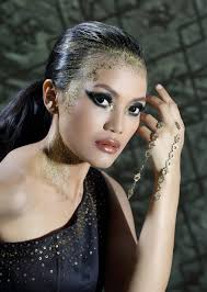 Make Up Artist Bandung intan sahrini mua make up artist