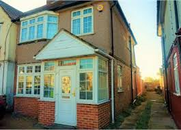 One Bedroom Flat For Rent In Hounslow Property For Sale In Hounslow Buy Properties In Hounslow Zoopla