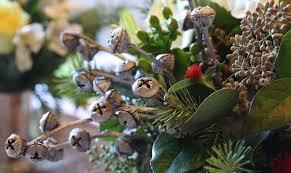 christmas table decorations floral arrangement idea