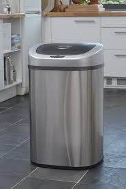 poubelle cuisine ouverture automatique comment choisir sa poubelle de cuisine