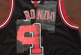 Derrick Rose Jersey Meme - bulls fan gets creative turns derrick rose jersey into rajon rondo