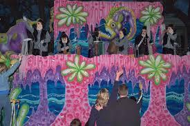 mardi gras float themes slideshow 502 03 marine theme mardi gras float of krewe of chaos