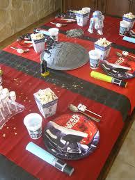 decoration table anniversaire 80 ans anniversaire star wars la fête les hobbies d u0027aurélie
