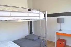 hostels in chicago go visit chicago
