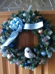 make a gorgeous wreath using discounted ornaments