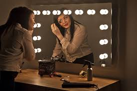 Diy Makeup Vanity Mirror With Lights Ideas For Making Your Own Vanity Mirror With Lights Diy Or Buy