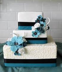 mariage bleu et blanc gâteau de mariage original en 105 idées de décoration florale