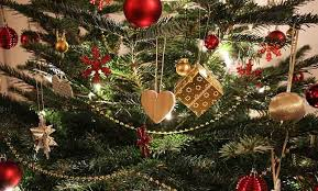tree ornaments traditions and legends