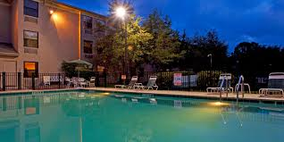 Rooms To Go Outlet Ocala Fl by Holiday Inn Express Ocala Midtown Medical Center Hotel By Ihg