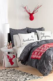 Red Black And White Bedroom Decorating Ideas The 25 Best Christmas Bedroom Ideas On Pinterest Christmas