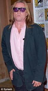 val kilmer deadbeat dad british actress joanne whalley takes