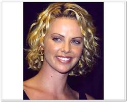 haircuts for frizzy curly hair the best short hairtsyles for thick wavy hair