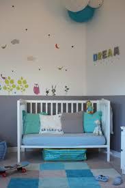 chambre bleu fille peinture chambre fille mauve avec stunning chambre bebe marron et