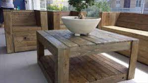 canapé de jardin en palette tuto salon de jardin en palette guide et plans de construction à