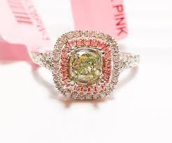 inele logodna aur alb 1 02ct inel de logodna cu diamante verde si inima roz 18k