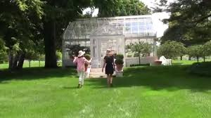video style guru carolyne roehm u0027s gardens at weatherstone in