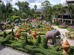 amazing and beautiful gardens from around the earth