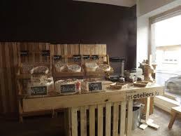 meuble cuisine diy meuble de cuisine en palette lit cabane palettes diy 12 meubles