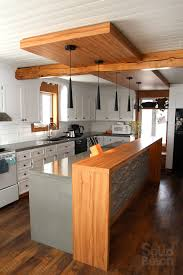 cuisine avec bar comptoir modele de cuisine americaine avec ilot central mineral bio