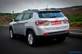 jeep crossover jeep compass india review price specs mileage image gallery