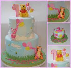 winnie the pooh 1st birthday cake and smash cake sugar plum cake