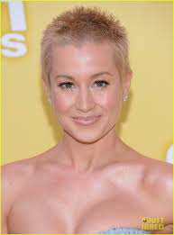 country singer with short hair breast cancer hair cut short hair on women in hollywood the new