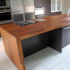 ilot cuisine bois massif plan de travail ilot cuisines quip es avec bois massif cognac