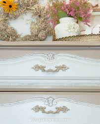 How To Paint A Bookcase White by 2 Best Ways To Paint Laminate Furniture Salvaged Inspirations