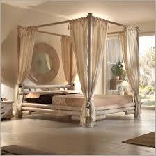 chambre exotique lit baldaquin but 835997 lit baldaquin en teck rotin bambou chambre