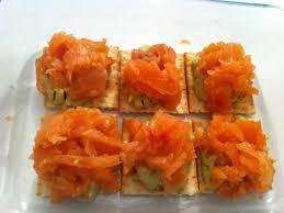 canap au saumon fum et mascarpone canapés de crème de saumon fumé à l avocat recette de canapés de