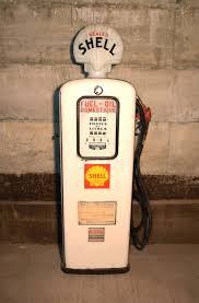 pompe essence vintage pompes à essence anciennes graisseurs bars à huile plaques