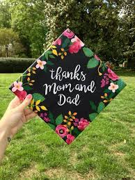 Ideas On How To Decorate Your Graduation Cap Best 25 Grad Cap Ideas On Pinterest Graduation Caps Graduation