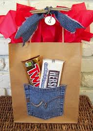 gift basket wrapping paper using or grown out navidad gift wraps