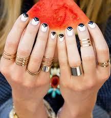 16 attractive nail art designs for short nails fashionspick com