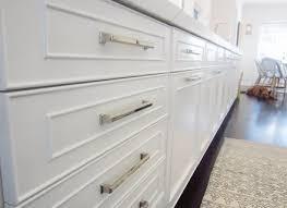 kitchen cabinet hardware ideas pulls or knobs kitchen cabinet hardware ideas pulls or knobs ellajanegoeppinger com