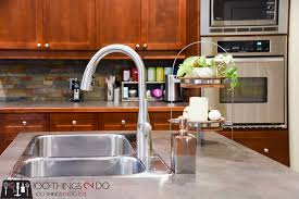 choosing a kitchen faucet choosing a kitchen faucet go free 100 things 2 do