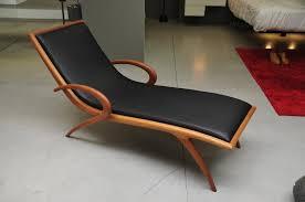 chaise e 50 porada pigra