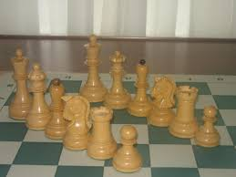 which dubrovnik set do you like betterchessbazaar or house of