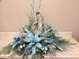 Ice Blue Christmas Table Decorations by Best 25 Christmas Tabletop Ideas On Pinterest Hilary News