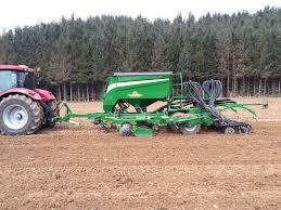 Great Plains Planter by New Drills Make Uk Debut Great Plains International