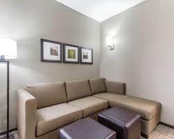 Comfort Suites Omaha Ne Hotels In Omaha Ne Comfort Suites West Omaha Near Boys Town