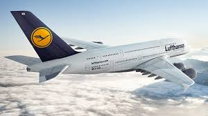 bureau lufthansa thieves cart away 5m from lufthansa plane in the