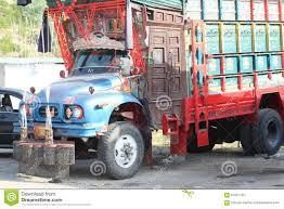 pakistani truck stock photos images u0026 pictures 99 images