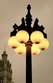 Candle Lighting Chicago Chicago Lamp Post If These Are Like My Globe Lamps Here At Home