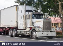 kenworth trucks australia kenworth truck driving through childers queesland australia stock