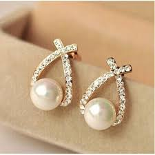 beautiful gold earrings beautiful gold or silver stud pearl earrings facentials